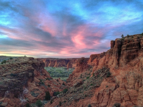 Shooting this sunset moment at Canyon de Chelly with an iPhone is like bringing a knife to a gunfight.